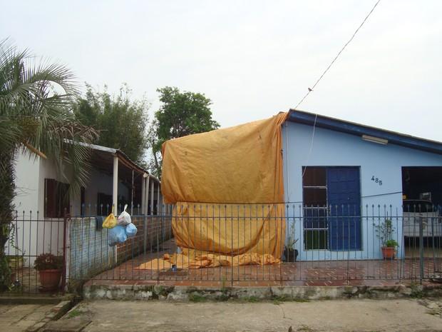 Parte das casas está coberta por lonas (Foto: Divulgação/Sama Cacequi)