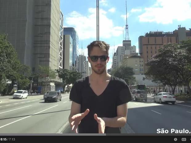 O americano Julian Blanc aparece em vídeo na avenida Paulista, em São Paulo (Foto: Reprodução/Youtube/RSDJulien)