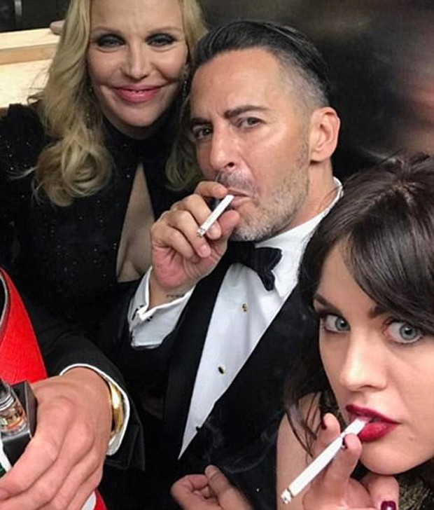 Courtney Love, Marc Jacobs e Frances Bean Cobain (Foto: Reprodução/Instagram)
