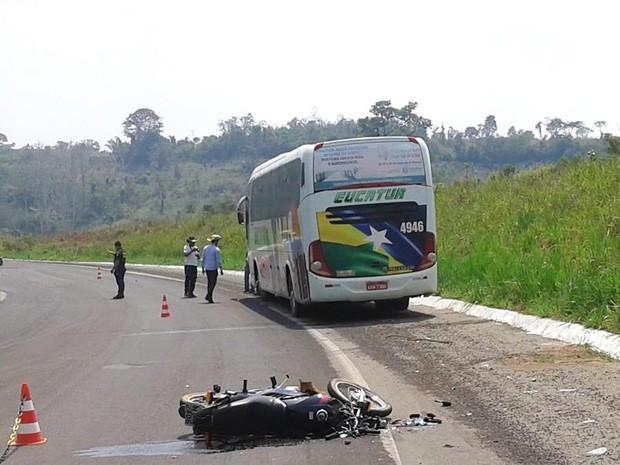 Acidente aconteceu em curva da Serra da Onça (Foto: Pablo Henrique/Arquivo pessoal))