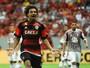 Arão não teme ação do Botafogo e sorri ao ser comparado a Xabi Alonso