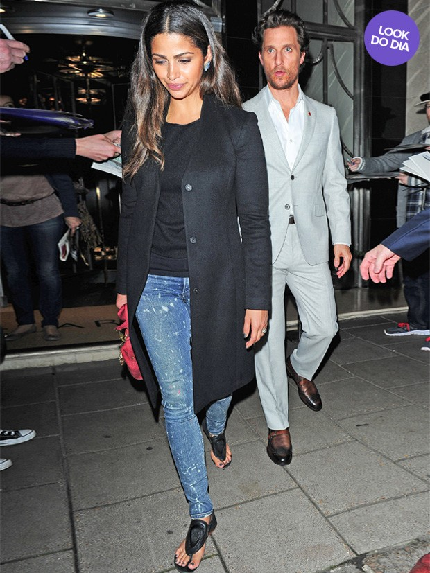 Look do Dia - Camila Alves e Matthew McConaughey (Foto: AKM)