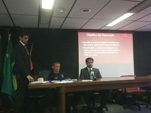 Coletiva na Polícia Federal (Foto: Henrique Mendes / G1)