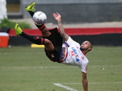Paulinho, Flamengo (Foto: Gilvan de Souza / Flamengo)