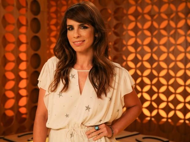 Maria Ribeiro na nova temporada do 'Saia Justa' (Foto: Tricia Vieira)