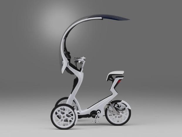 G1 - Yamaha cria bicicleta elétrica de 3 rodas com capota - notícias em Motos
