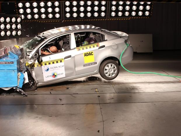 Chevrolet Sail passa por teste de colisão (Foto: Divulgação)