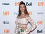 Anne Hathaway e Olivia Wilde participam de première no Canadá