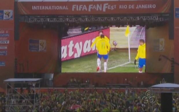 Serão disponibilizados telões para a população assistir aos jogos (Foto: Reprodução/ TV Amazonas)