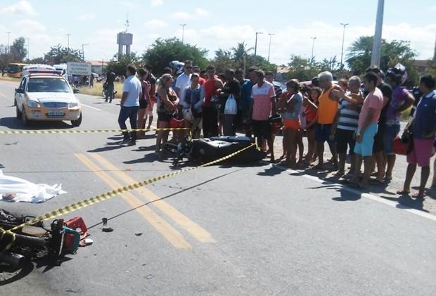 Acidente aconteceu na entrada da cidade de Pau dos Ferros (Foto: Divulgação/PRF)