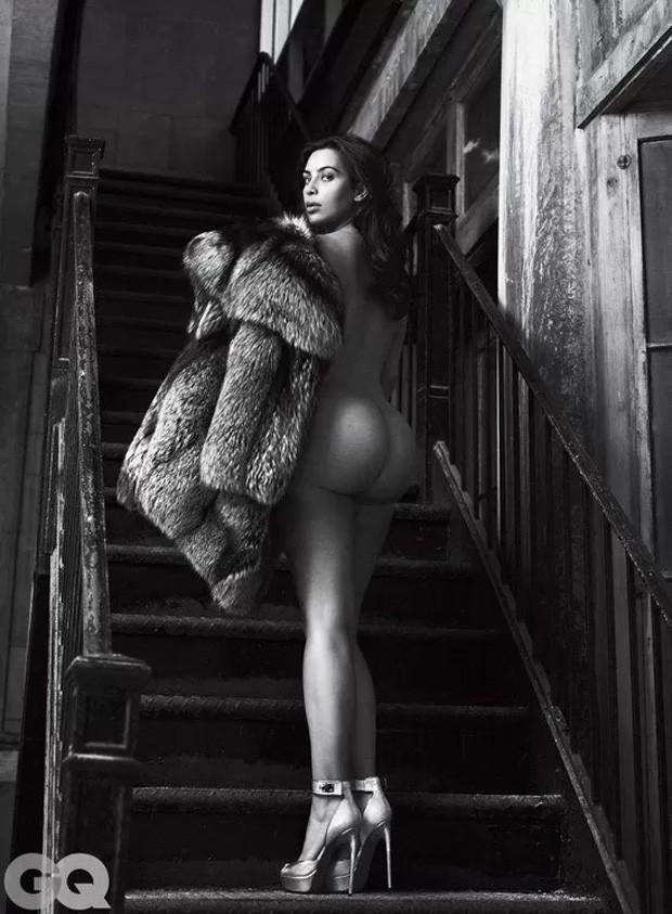 Kim Kardashian em ensaio papra a GQ feito por Mert e Marcus (Foto: Divulgação)