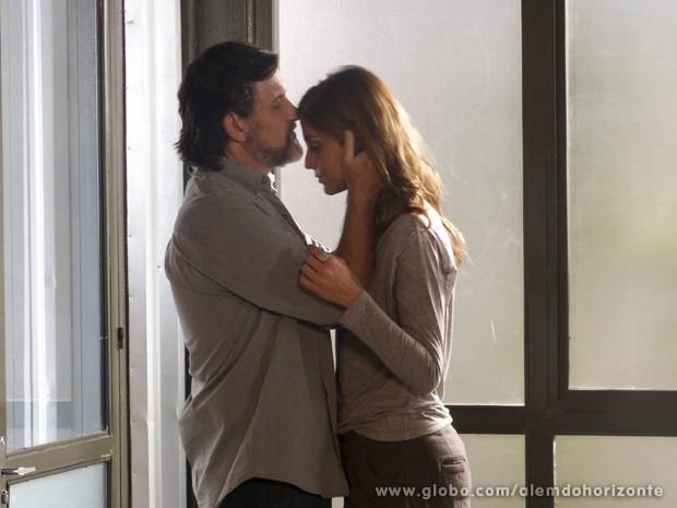 LC diz que Paulinha é como uma filha para ele (Foto: Além do Horizonte/TV Globo)