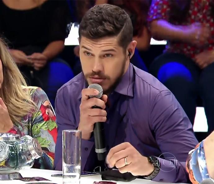 José Loreto conseguiu fazer Débora Nascimento falar como bebê (Foto: TV Globo)