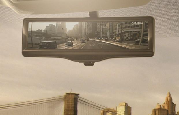 Nissan Smart Rearview Mirror (Foto: Divulgação)
