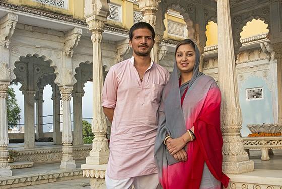 Kanwar Shakti Singh Rathore, príncipe de Ghanerao, e sua esposa Kanwarani Kashika Rana (Foto: © Haroldo Castro/ÉPOCA)