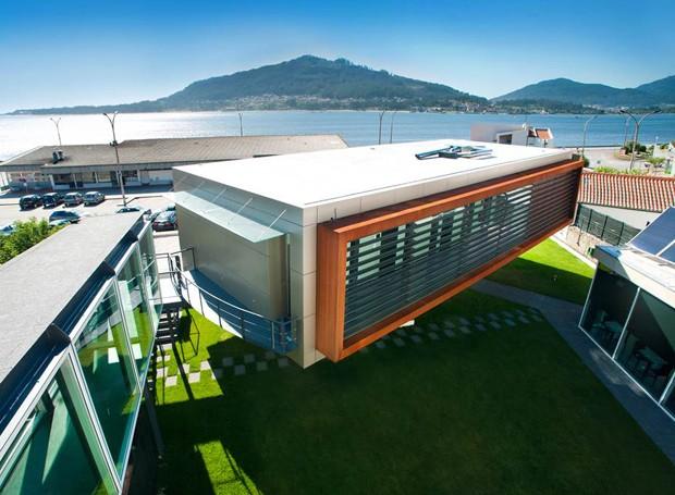 Hotel em portugal tem su tes que giram 35 graus casa e for Hotel m design