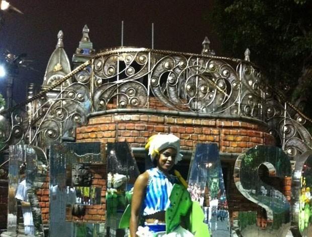 fofao desfile carnaval volei (Foto: Reprodução/Twitter)