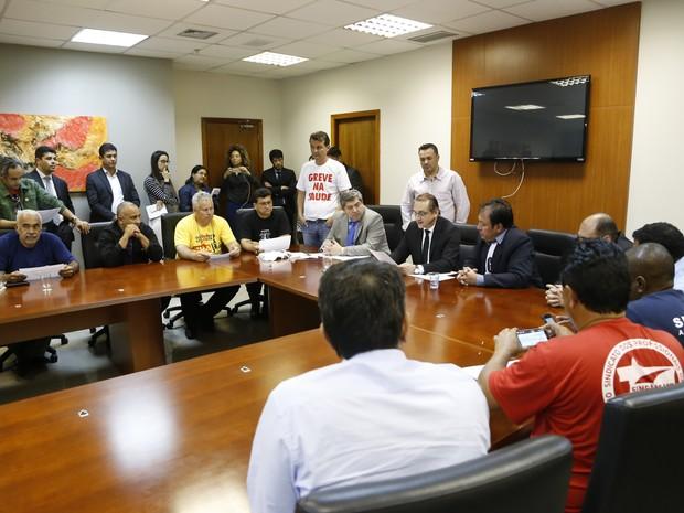 Assembleia enviou proposta para o governo de MT de pagamento da RGA aos servidores  (Foto: Siqueira/ALMT)