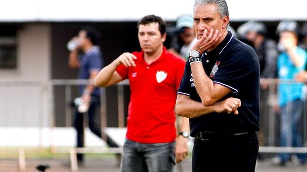 Tite derrota Corinthians contra Portuguesa (Foto: Rodrigo Coca / Ag. Estado)