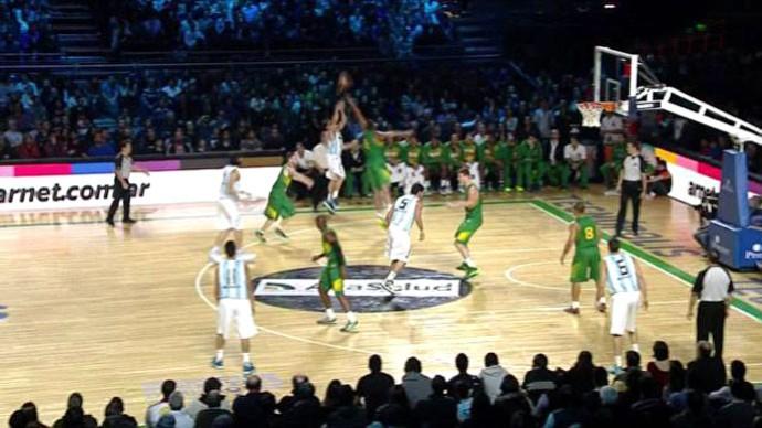 Frame Brasil e Argentina basquete (Foto: Reprodução)
