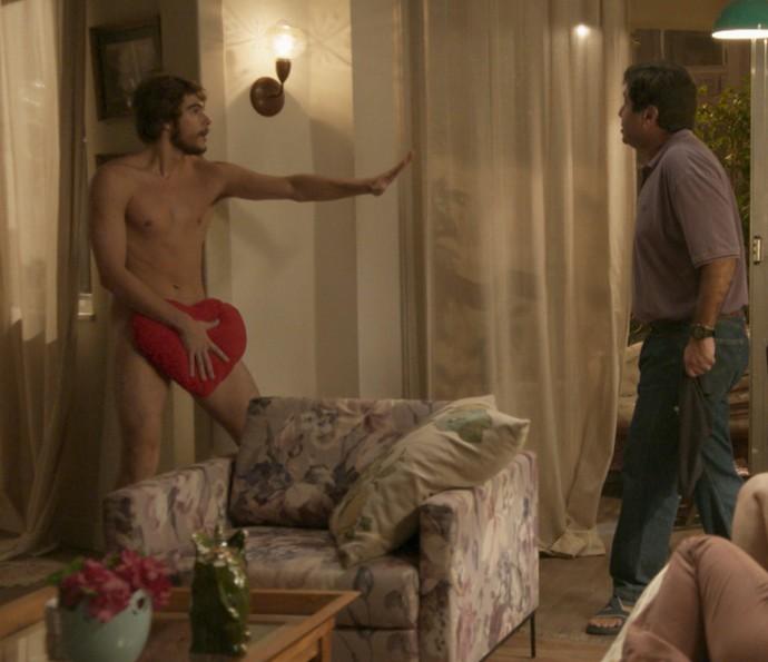 Personagem de Rafael Vitti arrasa corações no spin-off de 'Totalmente Demais' (Foto: TV Globo)