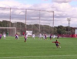 João gol meio de campo Atlético de Madrid x Real Madrid