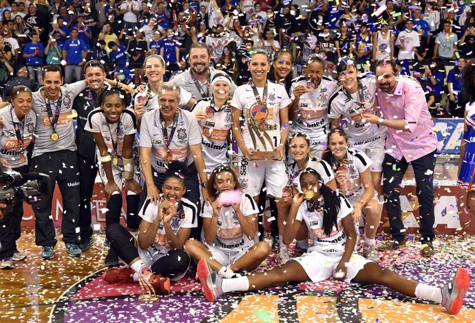 Corinthians campeão da LBF basquete (Foto: João Pires/LBF)