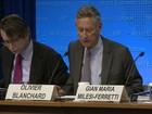Previsão do FMI de crescimento de 0,3% 'parece pessimista', diz Mantega