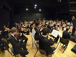 Orquestra Sinfônica de Piracicaba encerra temporada de 2015 (Foto: Bolly Vieira)