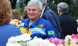 Marcos Pontes lamenta morte de astronauta: 'Corpo vai, ideias ficam'