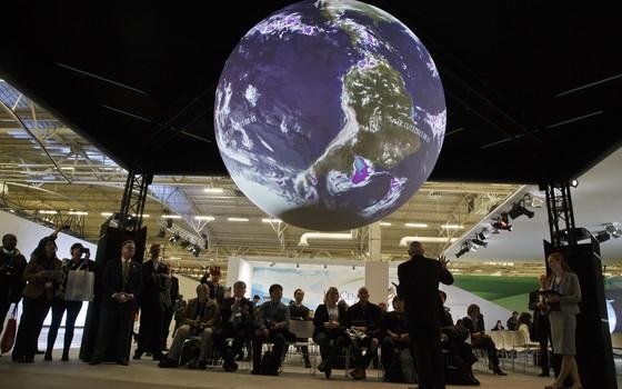 Conferência do Clima em Paris, França (Foto: Michel Euler/AP)