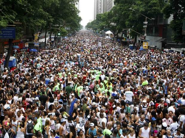 Multidão do Bola Preta toma toda a Avenida Rio Branco (foto: Marcelo de Jesus/G1) (Foto: Marcelo de Jesus/G1)