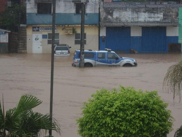 Correios e delegacias ficaram alagadas com a chuva, em Igrapiúna. (Foto: William Boy/ Prefeitura de Igrapiúna)