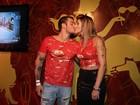 Beija, beija, tá calor, tá calor: famosos beijam muito no carnaval Brasil afora