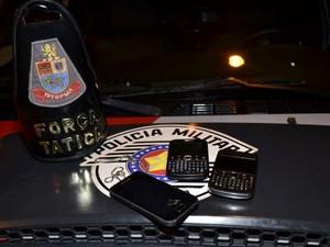 Jovem suspeito de assaltar filho de   PM é apreendido em Santa Bárbara (Foto: Dioni Augusto/VC no G1)