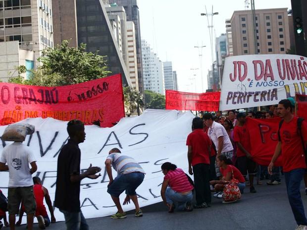protesto sem-teto SP Paulista (Foto: Renato S. Cerqueira/Futura Press/Estadão Conteúdo)