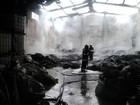 Incêndio atinge depósito de material reciclável em Jacareí, SP