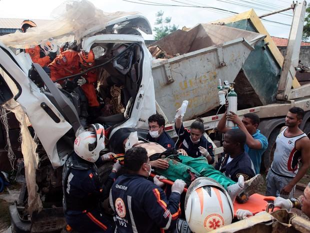 Acidente ocorreu na tarde desta sexta-feira (26) (Foto: G1 Maranhão)