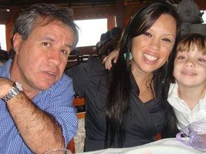 Marcio, Danielle e a filha dela (Foto: Arquivo Pessoal)