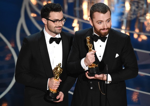 James Napier e Sam Smith levam Oscar de Melhor Canção Original (Foto: Getty Images)