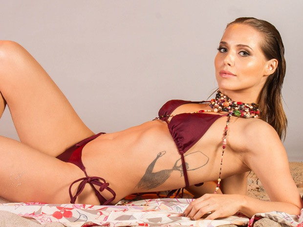 Letícia Colin mostra lado sensual em cenas de Elisa (Foto: Rafael Lima)