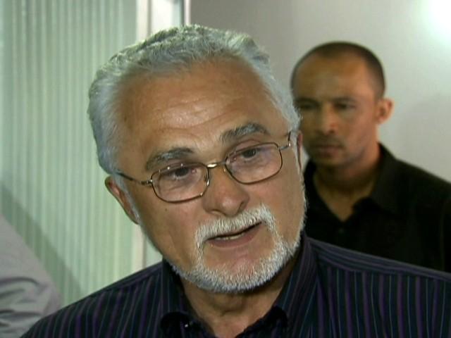 Advogado de José Genoino vai pedir para que seu cliente cumpra a pena em prisão domiciliar/GNews (Foto: Reprodução Globo News)