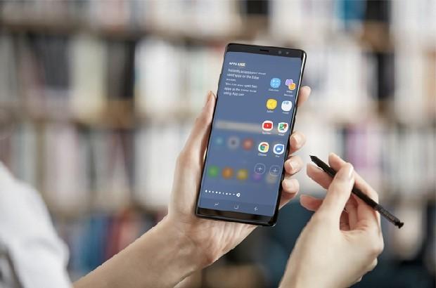 Galaxy Note 8 e a S-Pen (Foto: Divulgação)