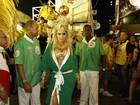 Musa dedicada! Mendigata chega cedo para desfile da Grande Rio