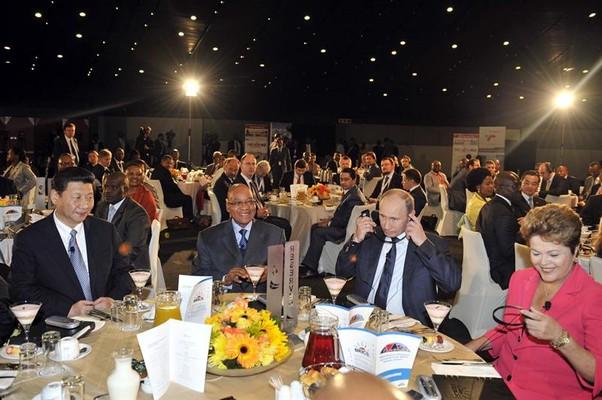 Líderes do Brics se reúnem em Durban, na África do Sul (Foto: EFE)