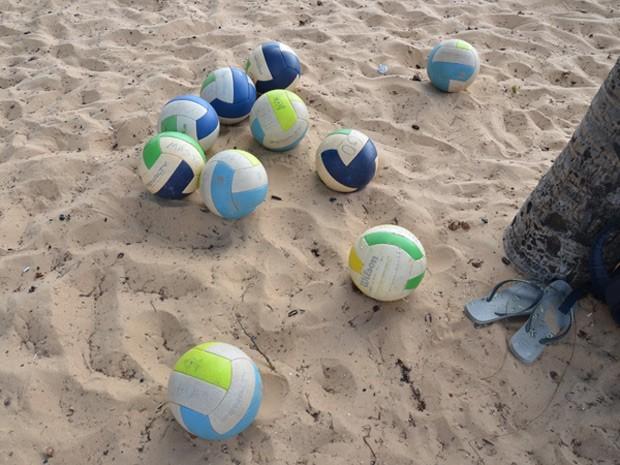 bolas, ct, ricardo, vôlei de praia, cabo branco (Foto: Walter Paparazzo/G1)