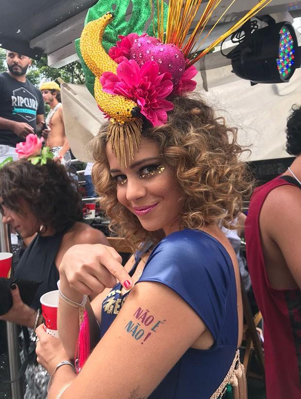 Leandra com a tatuagem 'Não é não' (Foto: Divulgação)