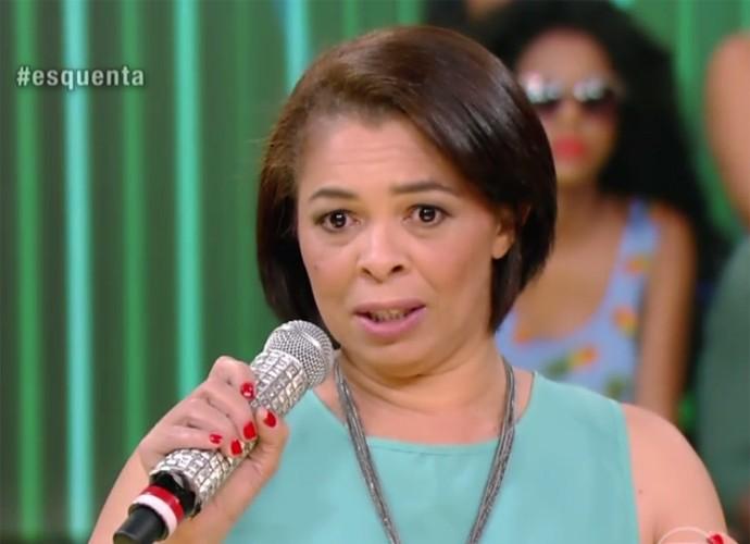 Josefa Satana contou no palco do Esquenta! como Avon transformou sua vida (Foto: Divulgação/TV Globo)