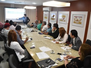 Reunião aconteceu nesta quarta-feira (28) (Foto: Carol Reis)