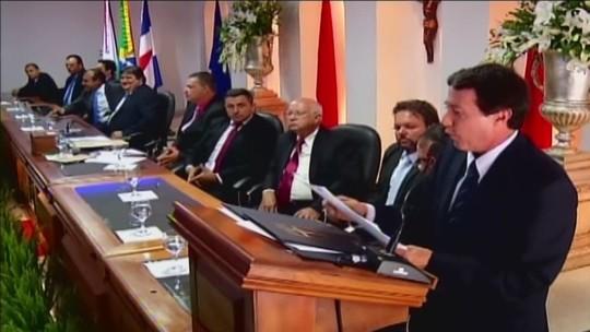 Reeleito, Paulo Piau toma posse como prefeito de Uberaba